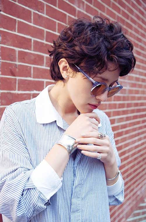 Short Curly Hair Styles-8