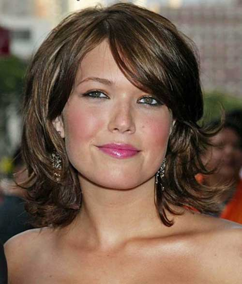 Bob Haircuts for Round Faces-16
