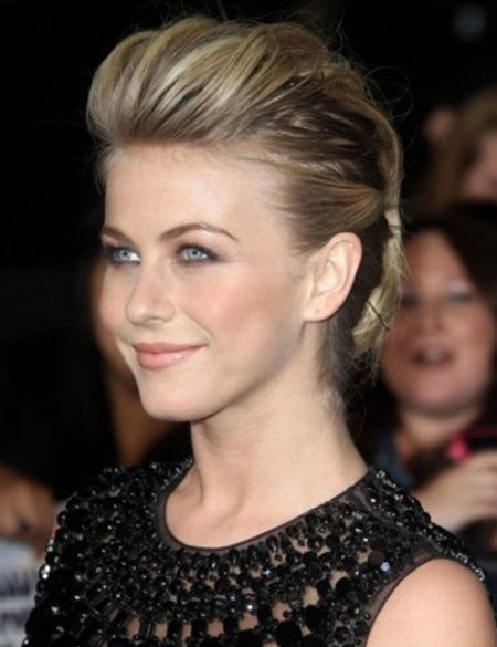 Julianne Hough Short Hairstyle