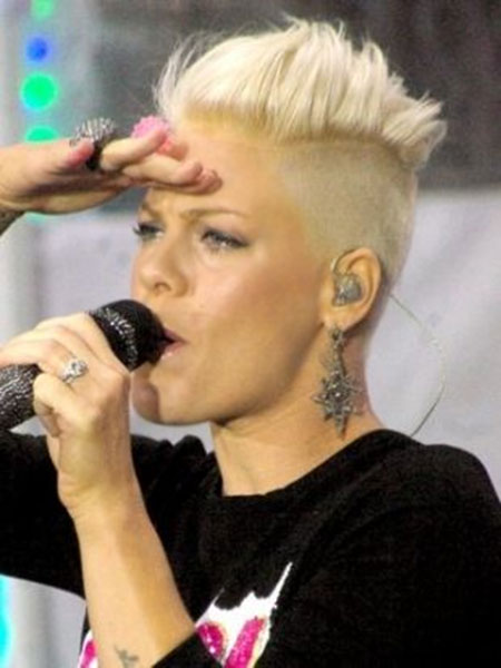 Pictures Of Short Pixie Haircuts_6