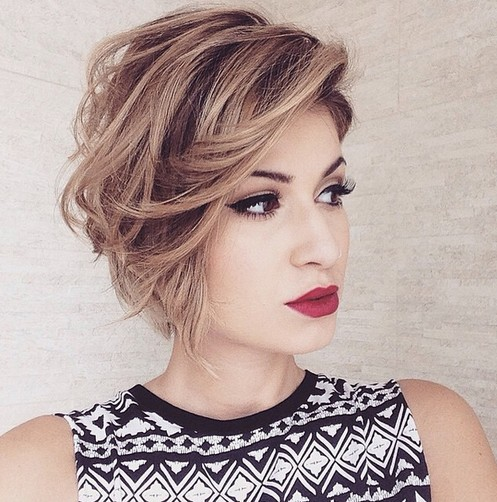 Messy Bob Haircut for Hear Face Shape - Short Hairstyles 2018