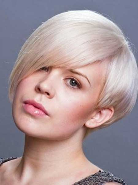 Best Short Hairstyles for Round Faces_16