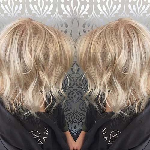 Short Blonde Wavy Haircuts