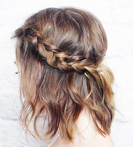 Side Braid Hairstyle with Bouncy Top