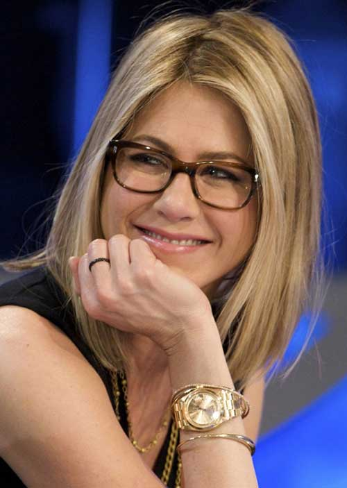 Jennifer Aniston Bob Hairstyle with Glasses
