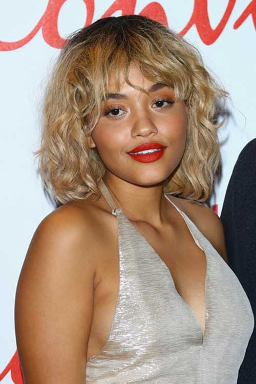 Short Haircuts for Curly Wavy Hair-15