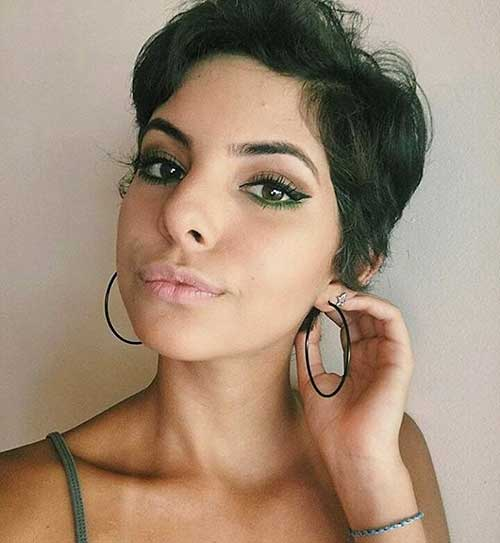 Nice Short Hairstyles for Girls - 25