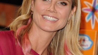 Bild von Heidi Klum Easy Medium Hairstyle for Straight Hair