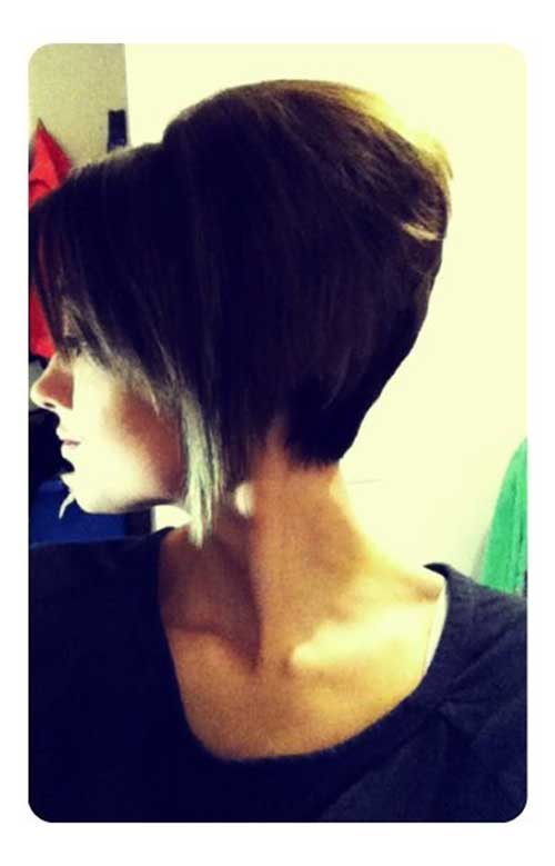 Angled Graduated Bob Hairstyles Pictures