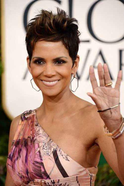 Halle Berry Pixie Cuts-12