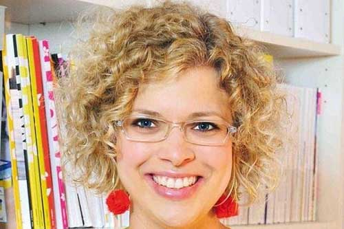 Blonde Curly Bob Hairstyles Ideas 2018