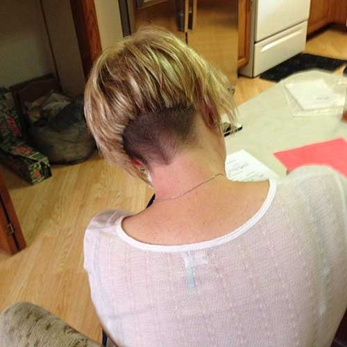 Blonde Graduated Layered Bob Back Pictures
