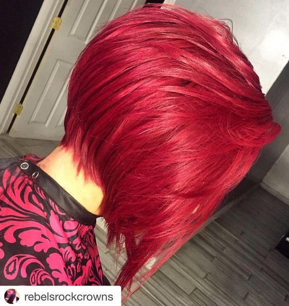 Red, Straight Bob Haircut for Thick Hair - Modern Short Hairstyle Design