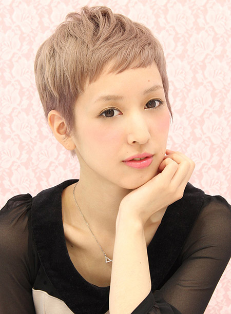 Charming Light Brown Pixie Cut