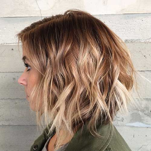 Textured Wavy Ombre Bob Hairstyle