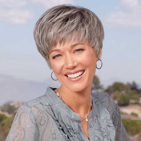 Best Short Haircuts for Older Women-7